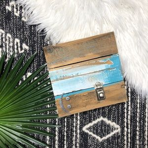 NWT Reclaimed Wood Standing Picture Frame